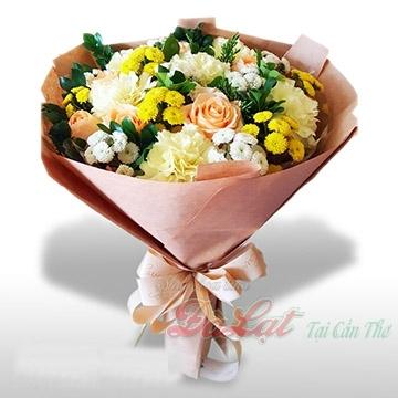 Bó hoa màu hồng