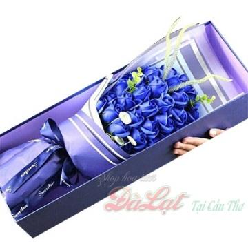 Hoa hồng sáp màu xanh