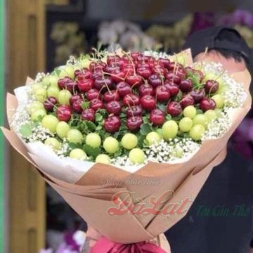 Hoa trái cây cherry và nho