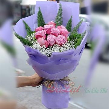 Bó hồng màu hồng
