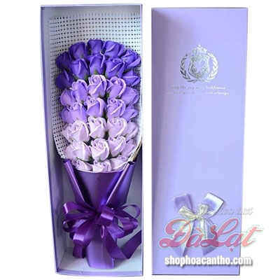 Hoa hồng sáp - Tình yêu màu tím